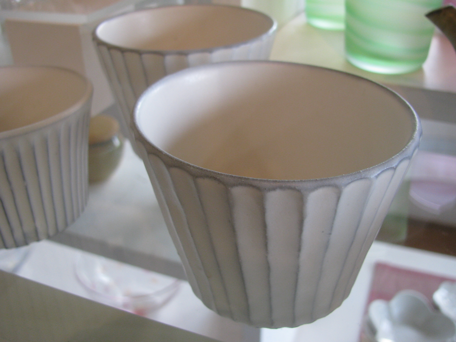 渡辺篤さんのマット釉鎬の器が入荷