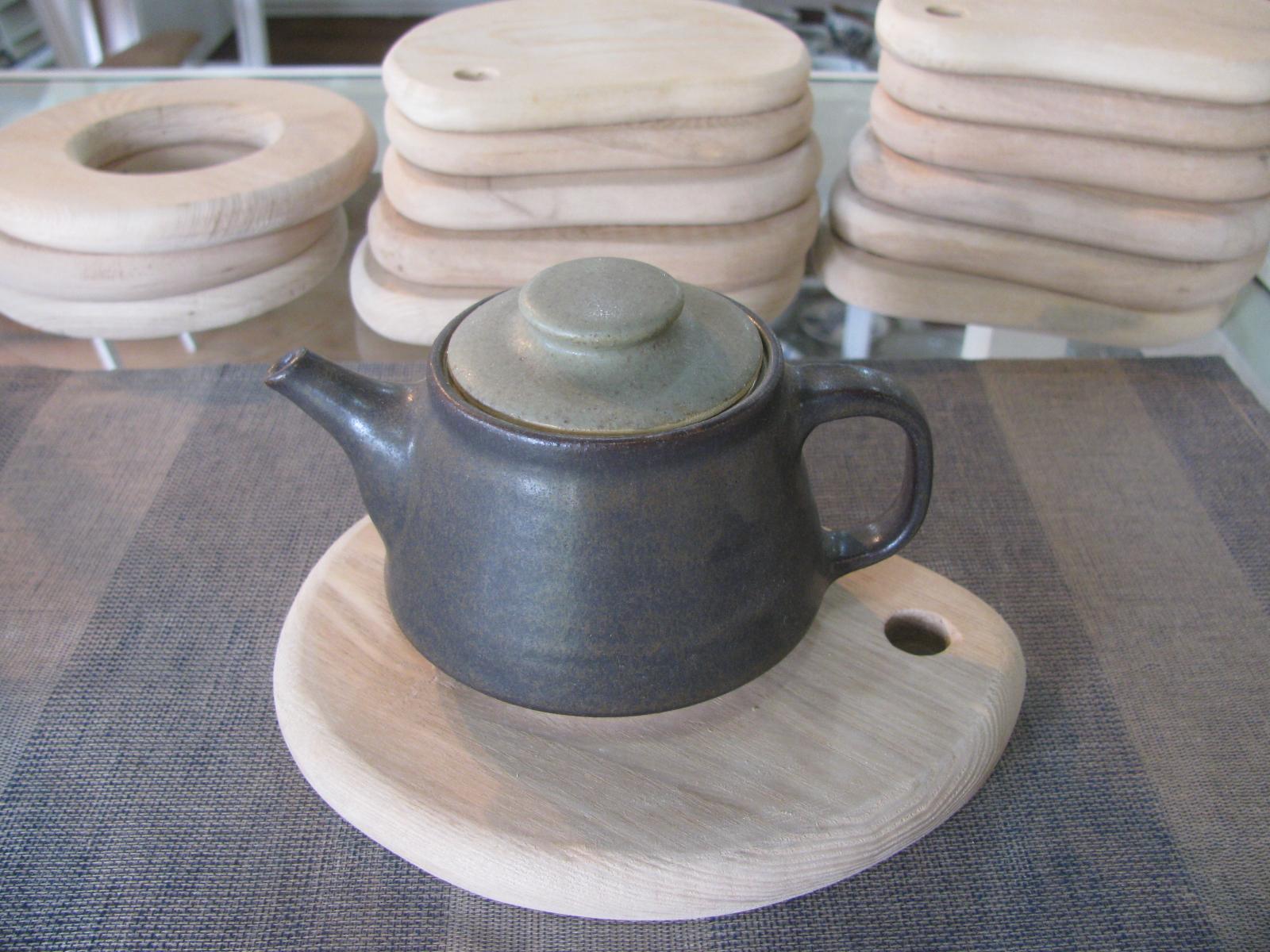 パレット型鍋敷きが出来上がりました。