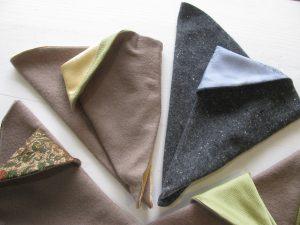 三角手袋(ウール、シルク)