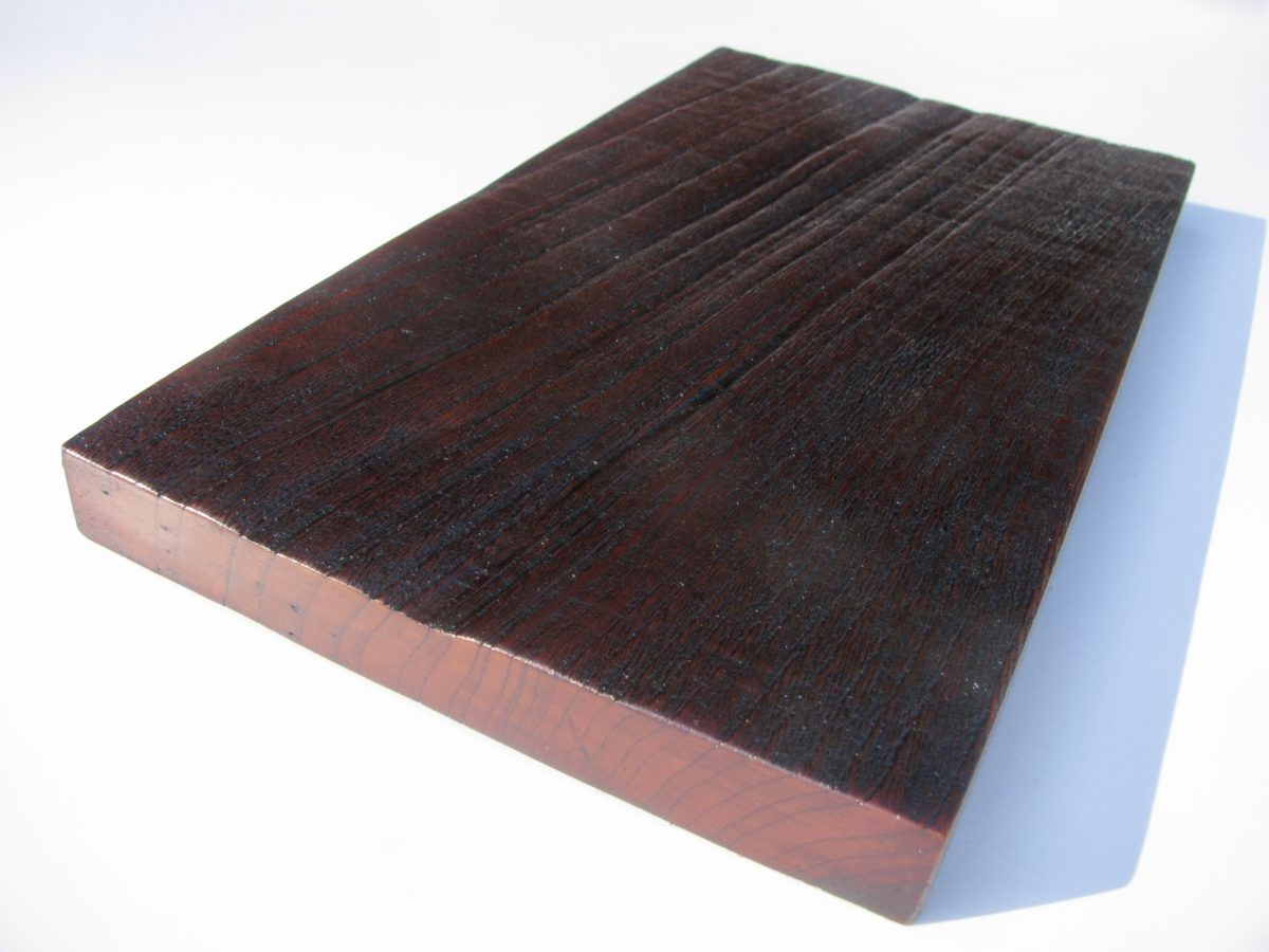 自然木の暴れた栓(せん)の漆皿アンティーク