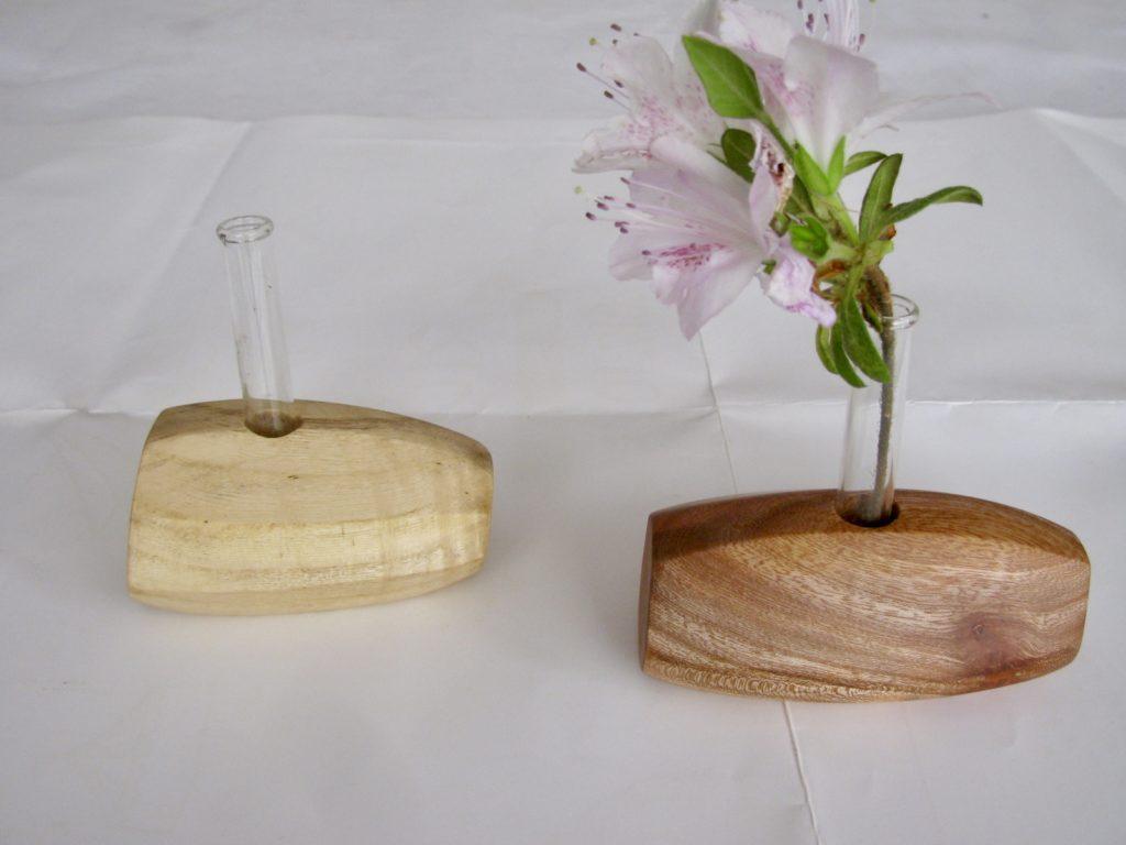 自然木の置き型一輪挿し 1,000円