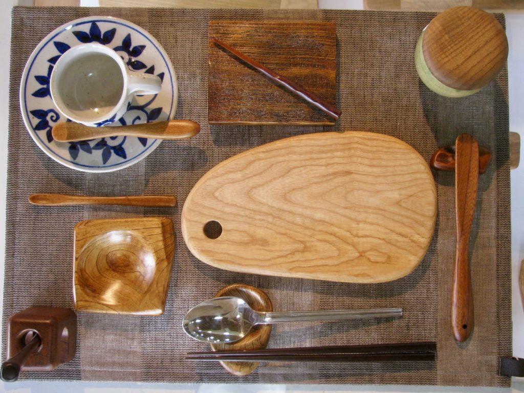 食卓どを楽しくする木のアイテム