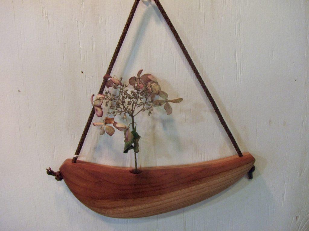 自然木の舟形吊り掛け一輪挿し