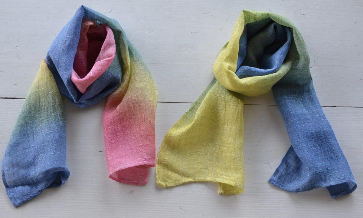ローケツ染めチュールレース手袋と染め分け細巾ストール
