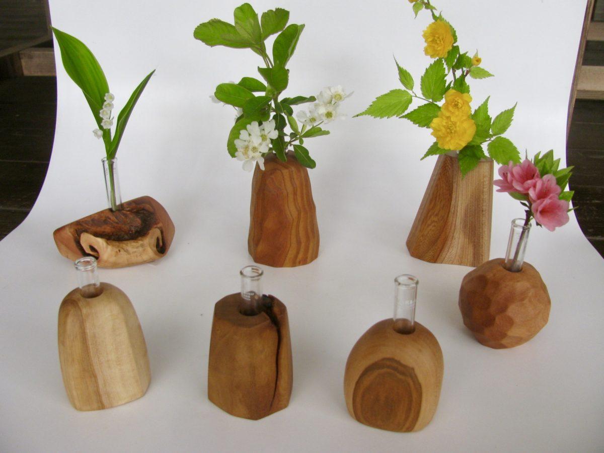 自然木の置き型一輪挿し、各種