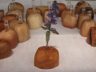 野の花がにあう花器