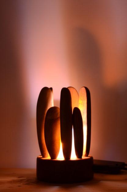 LEDゆらぎ灯り:自然木