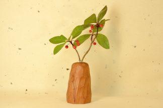 自然木の一輪挿し(置き型面取り長)