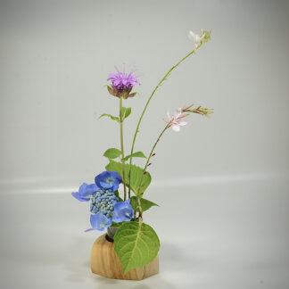 自然木の花器